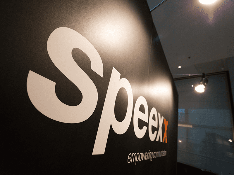 Speexx Logo Wall
